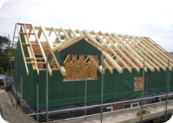 The roof structure is complete ready for all other trades to commence. Due to Sms Timber Frame being able to stick to the program so tightly, the roofer was lined up for the following day ensuring the frame is water tight within 24 hours of completion.